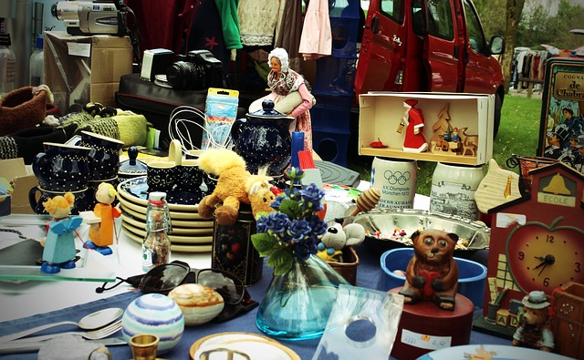 A Student's Guide to the Best NYC Flea Markets and Thrift